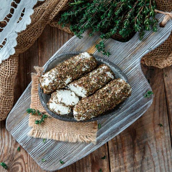 Сыр Творожный Поленца в травах козий 45-60% (Ферма Храмцова В.В.) 150 гр фото
